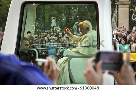 LONDON - SEPT. 18: The Pope travels from Horseguards to Hyde Park in London during his historic, first ever visit to England on September 18, 2010 in London.