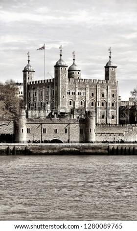 London sightseeing tour #1280089765