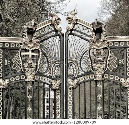 London sightseeing tour #1280089789