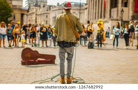 London Street Performer #1267682992