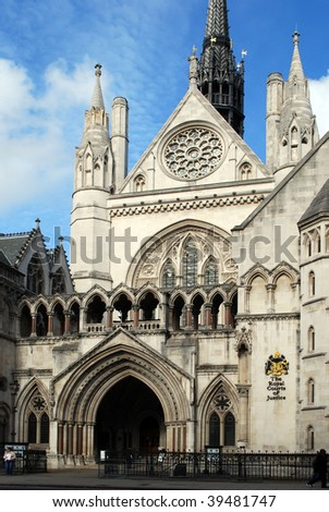 London - The Royal Courts of Justice