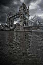 london tower bridge