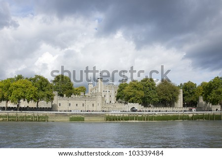 London Tower; the tower of London at late afternoon