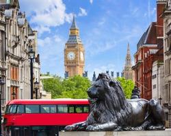 London Trafalgar Square in UK england