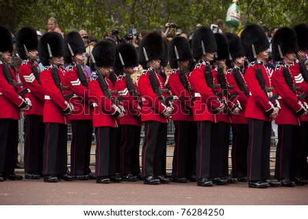 LONDON, UK - APRIL 29: The royal guards  at Prince William and Kate Middleton wedding, April 29, 2011 in London, United Kingdom