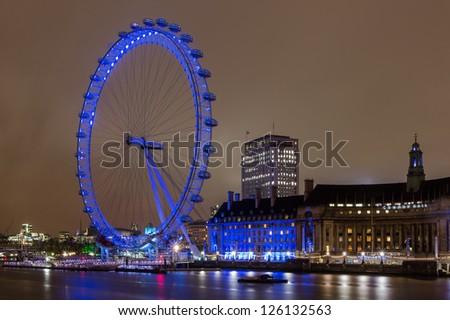 LONDON, UNITED KINGDOM - JUNE 11: London Eye on June 11, 2012 in London, United Kingdom is the tallest Ferris wheel in Europe .