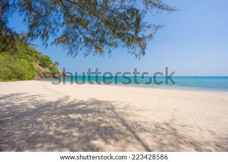 Stock Photo Lone tropical beach on Koh Lanta Yai island