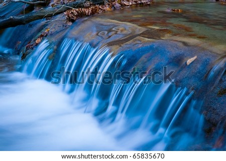 long closeup water cascade
