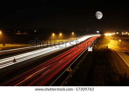 Long exposure of a highway by night.