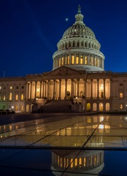 Long Exposure Picture of the US Capitol Building