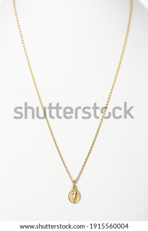 Long Yellow Gold Chain Necklace  Сток-фото ©
