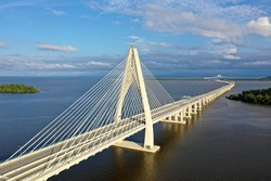 longest bridge in Southeast Asia, known as 'Sultan Haji Omar Ali Saifuddien bridge' previously known as 'Temburong bridge' located at the country Brunei Darussalam