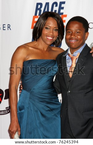 LOS ANGELES - APR 29:  Regina King and son arriving at the 18th Race to Erase MS Event at Century Plaza Hotel on April 29, 2011 in Century City, CA..