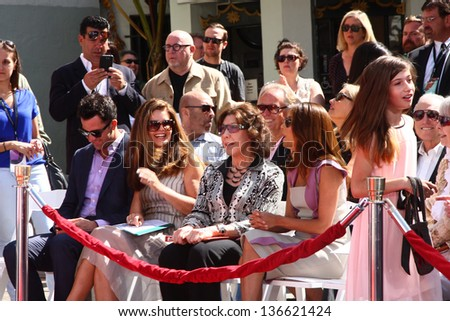 LOS ANGELES - APR 27:  Troy Garity, Maria Shriver, Lily Tomlin, Eva Longoria at the ceremony for Jane Fonda's hand and footprints in cement at the Chinese Theater on April 27, 2013 in Los Angeles, CA #136621424
