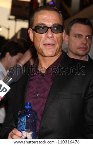 """Los Angeles - AUG 15:  Jean-Claude Van Damme arrives at the """"The Expendables 2""""  Premiere at Graumans Chinese Theater on August 15, 2012 in Los Angeles, CA"""
