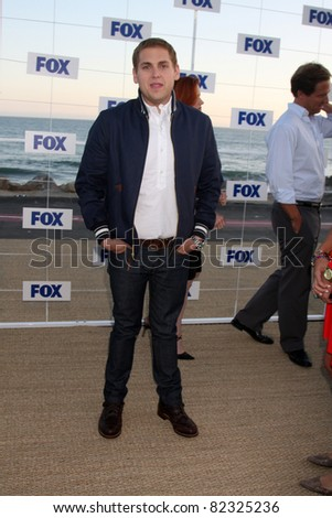 LOS ANGELES - AUG 5:  Jonah Hill arriving at the FOX TCA Summer 2011 Party at Gladstones on August 5, 2011 in Santa Monica, CA
