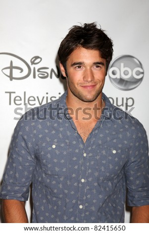 LOS ANGELES - AUG 7:  Joshua Bowman arriving at the Disney / ABC Television Group 2011 Summer Press Tour Party at Beverly Hilton Hotel on August 7, 2011 in Beverly Hills, CA