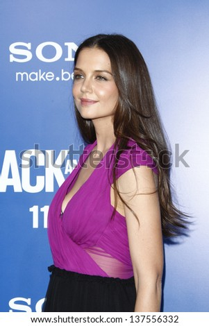 LOS ANGELES - AUG 6: Katie Holmes at the World premiere of 'Jack And Jill' at Village Theater in Westwood, California on August 6, 2011