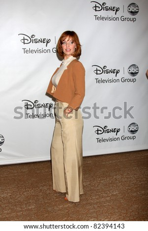LOS ANGELES - AUG 7:  Kelli Garner at the Disney/ABC Television Group Summer Press Tour at the Beverly Hilton Hotel on August 7, 2011 in Beverly Hills, CA
