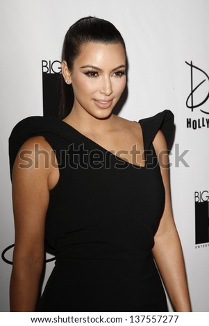 LOS ANGELES - AUG 10: Kim Kardashian at the World's Most Beautiful Magazine Launch Event at Drai's in Los Angeles, California on August 10, 2011