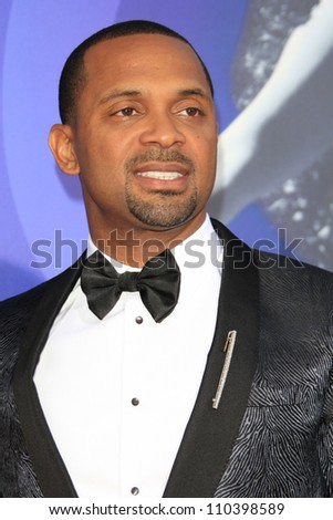 LOS ANGELES - AUG 16: Mike Epps at the Los Angeles Premiere of 'Sparkle' at Grauman's Chinese Theater on August 16, 2012 in Los Angeles, California