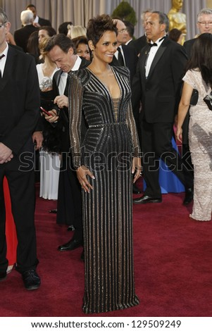 LOS ANGELES, CA - FEB 24: Halle Berry at the 85th Annual Academy Awards on February 24, 2013 in Los Angeles, California