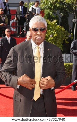 LOS ANGELES, CA - JULY 15: An NBA legen Julius Irving AKA Dr. J, on the red carpet of the 2010 ESPY Awards at the Nokia Theater at LA Live, on July 15, 2010 in Los Angeles, CA