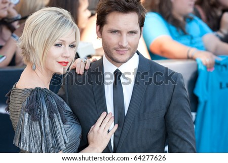 LOS ANGELES, CA. - JUNE 24: Jennie Garth (L) and Peter Facinelli (R) attend The Twilight Saga Eclipse Los Angeles premiere on June 24th, 2010 at The Nokia Theater in Los Angeles, Ca.