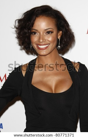 LOS ANGELES, CA - MAY 19: Selita Ebanks arrives at the 11th annual Maxim Hot 100 Party at Paramount Studios on May 19, 2010 in Los Angeles, California