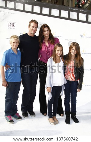 LOS ANGELES, CA - SEP 25: Cindy Crawford; Rande Gerber; son, daughter, friend at the IRIS, A Journey Through the World of Cinema by Cirque du Soleil premiere September 25, 2011 in Los Angeles, CA