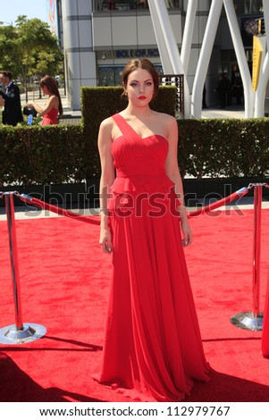 LOS ANGELES, CA - SEP 15: Elizabeth Gillies at the Academy Of Television Arts & Sciences 2012 Creative Arts Emmy Awards held at Nokia Theater L.A. LIVE on September 15, 2012 in Los Angeles, California