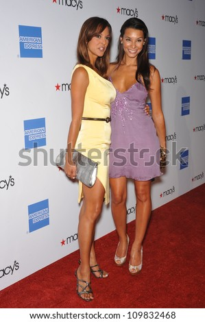 CA - SEPTEMBER 24  2009  CSI Miami star Eva LaRue  in yellow   amp  sister    Eva Larue Sister