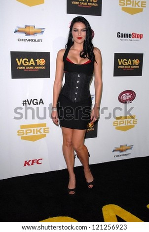 LOS ANGELES - DEC 7:  Adrianne Curry arrives to the Spike TV`S Video Game Awards 2012 at Sony Pictures Studios on December 7, 2012 in Culver City, CA