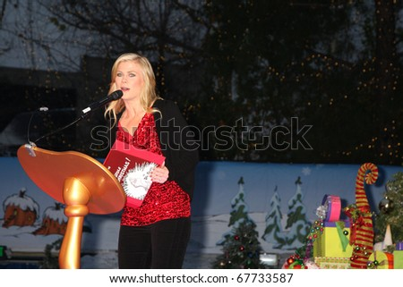 """LOS ANGELES - DEC 23:  Alison Sweeney at the """"GRINCHmas""""  Celebrity Holiday Readings  at Universal Studios Theme Park on December 23, 2010 in Los Angeles, CA."""