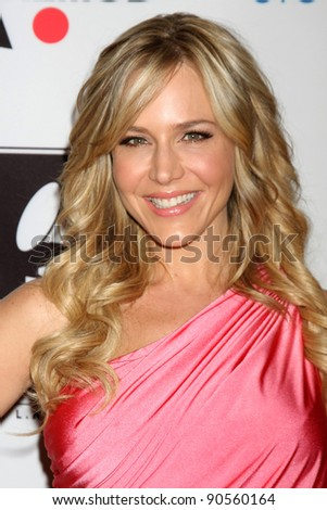 LOS ANGELES - DEC 9:  Julie Benz arrives at the Launch Of The Andrea Bocelli Foundation at Beverly Hilton Hotel on December 9, 2011 in Beverly Hills, CA