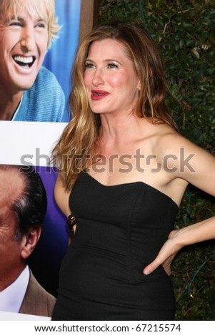 LOS ANGELES - DEC 13:  Kathryn Hahn at Heather Tom's Annual Christmas Party 2010 at Village Theater on December 13, 2010 in Westwood, CA.