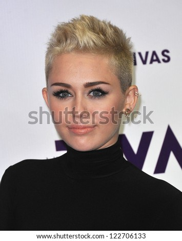 LOS ANGELES - DEC 16:  Miley Cyrus arrives to VH1 Diva's 2012  on December 16, 2012 in Los Angeles, CA
