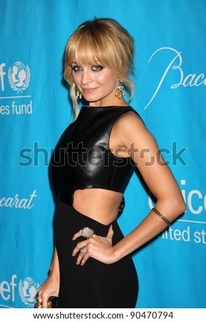 LOS ANGELES - DEC 8:  Nicole Richie arrives at the 2011 UNICEF Ball at Beverly Wilshire Hotel on December 8, 2011 in Beverly Hills, CA
