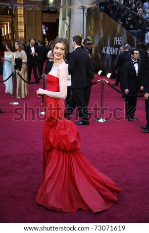LOS ANGELES - FEB 27:  Anne Hathaway  arrives at the 83rd Annual Academy Awards - Oscars at the Kodak Theater on February 27, 2011 in Los Angeles, CA.