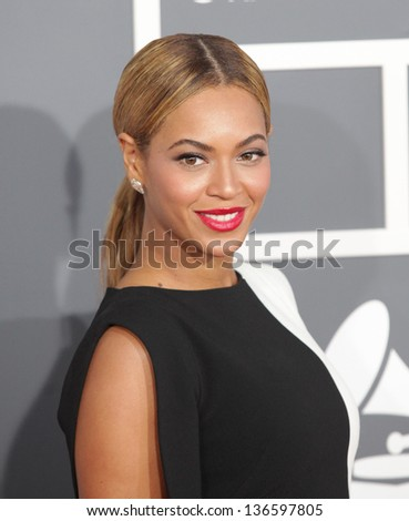 LOS ANGELES FEB 10 Beyonce arrives to the Grammy Awards 2013 on February 10 2013 in Los Angeles CA