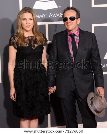 LOS ANGELES - FEB 13: Diana Krall & Elvis Costello arrive at the 2011 Grammy Awards  on February 13, 2011 in Los Angeles, CA