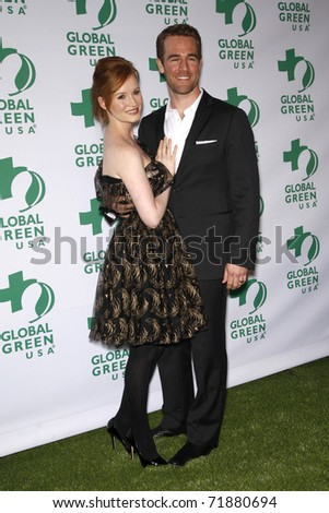 LOS ANGELES - FEB 23:  Kimberly Brook and James Van Der Beek arrive at the Global Green USA's 8th Annual Pre-Oscar Party at Avalon on February 23, 2011 in Los Angeles, CA