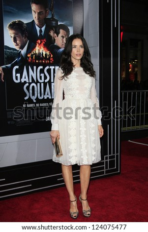 LOS ANGELES - JAN 7: Abigail Spencer at Warner Bros. Pictures' 'Gangster Squad' premiere at Grauman's Chinese Theater on January 7, 2013 in Los Angeles, California