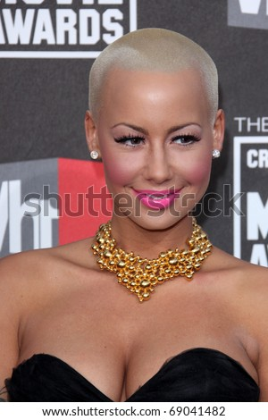 LOS ANGELES - JAN 14: Amber Rose arrives at the 16th Annual Critics' Choice Movie Awards at the Hollywood Palladium on January 14, 2011 in Los Angeles, CA