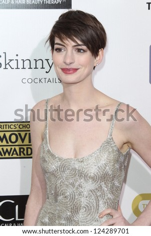 LOS ANGELES - JAN 9:  Anne Hathaway arrives at the 18th Annual Critics' Choice Movie Awards at Barker Hangar on January 9, 2013 in Santa Monica, CA