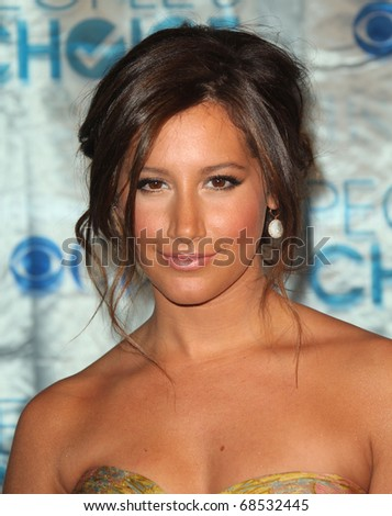 ashley tisdale brown hair pictures. Ashley Tisdale Brown Hair With