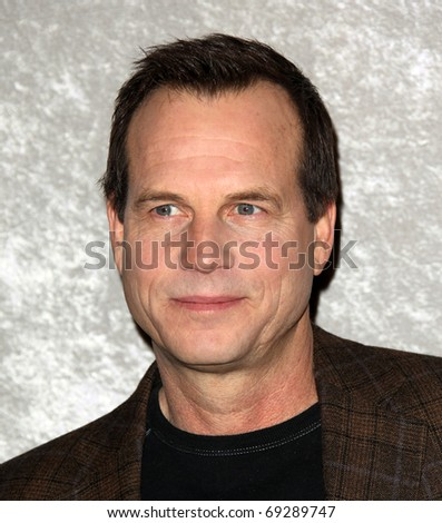 """LOS ANGELES - JAN 12:  Bill Paxton arrives to Season 5 premiere of """"Big Love""""  on January 12, 2011 in Los Angeles, CA"""
