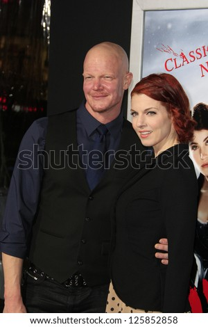 LOS ANGELES - JAN 23: Derek Mears at the LA premiere of Paramount Pictures' 'Hansel And Gretel: Witch Hunters' at Grauman's Chinese Theater on January 24, 2013 in Los Angeles, California