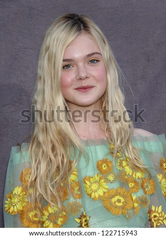 LOS ANGELES - JAN 12:  ELLE FANNING arriving to Critic's Choice Movie Awards 2012  on January 12, 2012 in Hollywood, CA