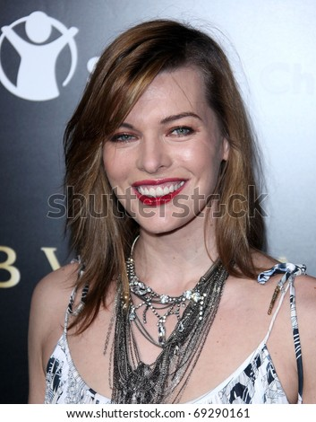 LOS ANGELES - JAN 13: Milla Jovovich arrives at the Bvlgari Hosts Funraiser for Save The Children  on January 13, 2011 in Los Angeles, CA